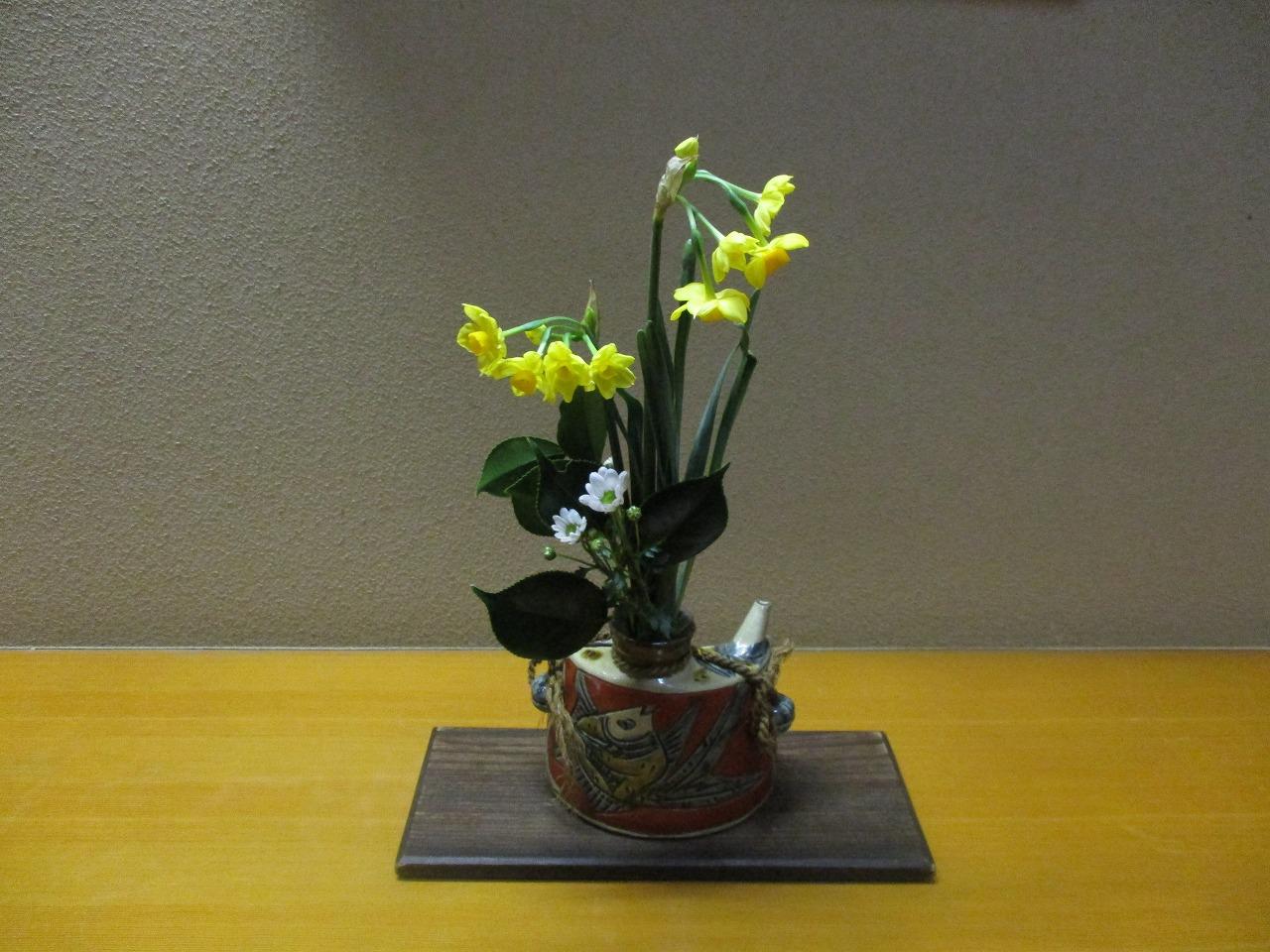女将さんの生け花