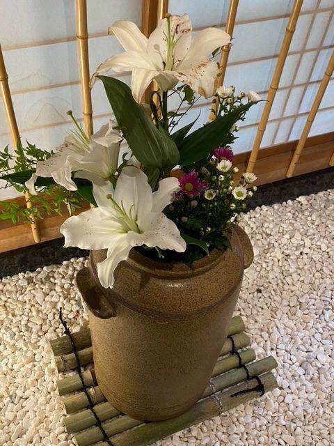 綺麗な生け花ですよね!